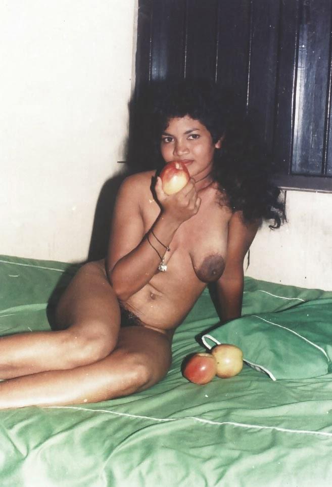 Sri Lankan Prostitute Porn - Nude Photos-2716