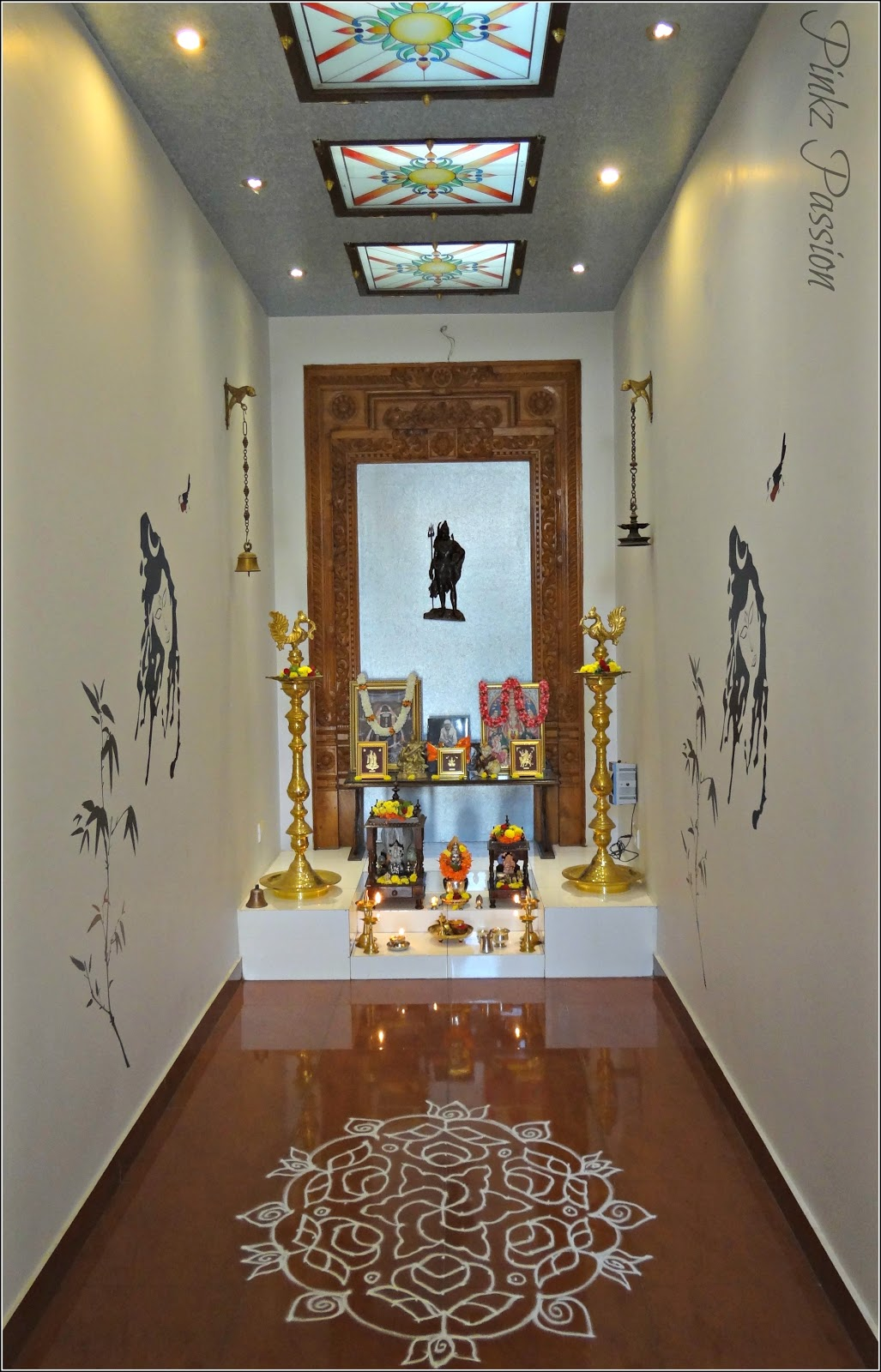 Pooja Room Design For Home: Pinkz Passion : A Home With Grace And History (Home Tour