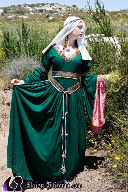 Couture Aranel Green Silk Bliaut