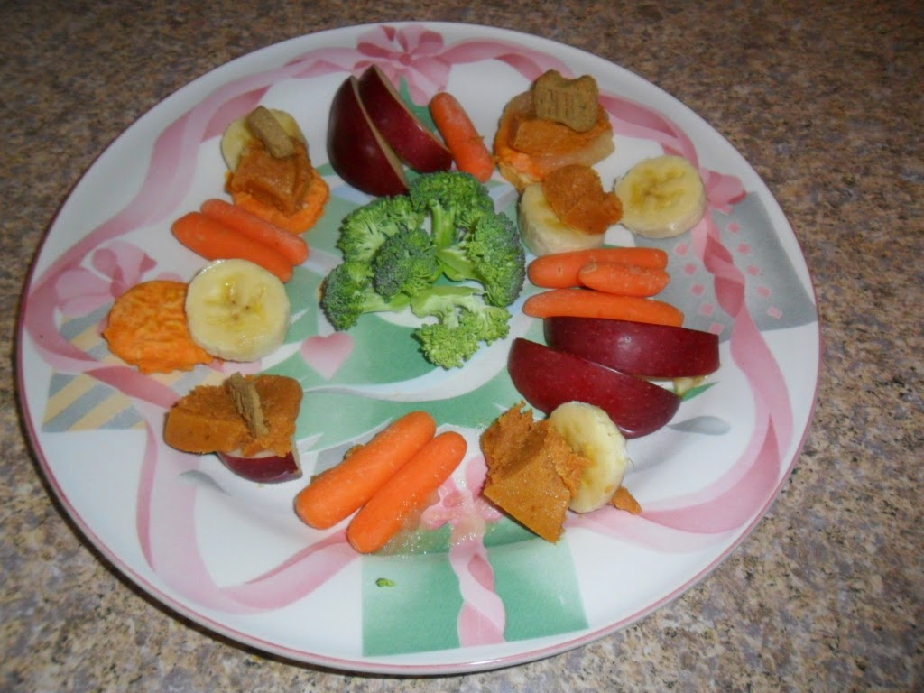 Make this healthy Canine Crudites Platter