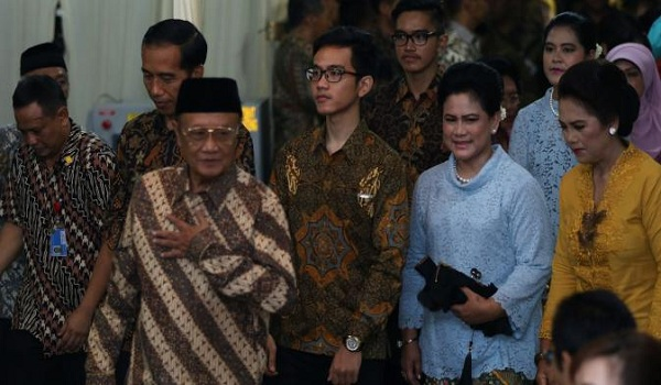 Prosesi Tembungan Putra Jokowi