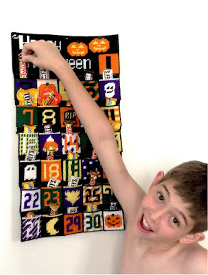 Countdown to Halloween with a fun Plastic Canvas Halloween countdown calendar. This calendar uses easy plastic canvas stitches to create a spectacular calendar that you can use to excite your kids and family for the Halloween holiday.#plasticcanvas #countdowncalendar #halloween #pattern #diypartymomblog
