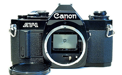 Canon AV-1, Front