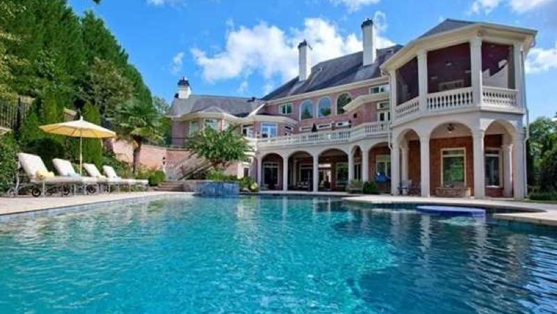 Pools Of Alpharetta Family Homes