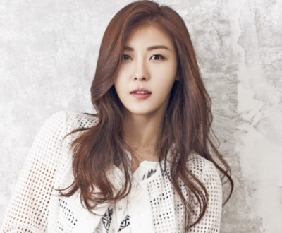 Ha Ji Won Artis Korea tercantik dan Seksi