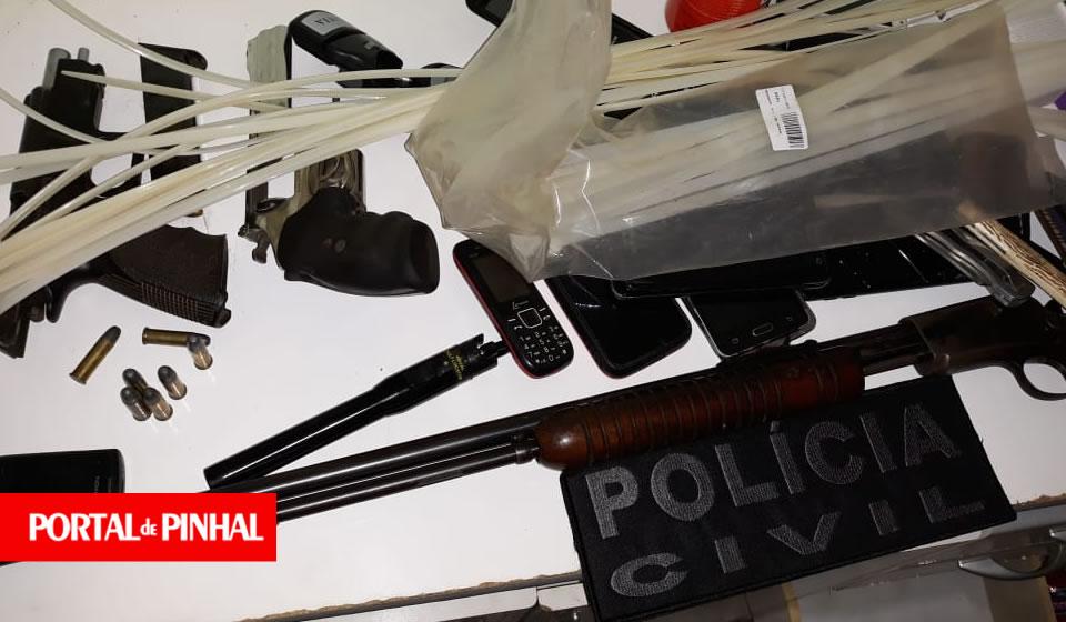 Polícia Civil prende suspeitos de roubos a caminhonetes e propriedades rurais na região