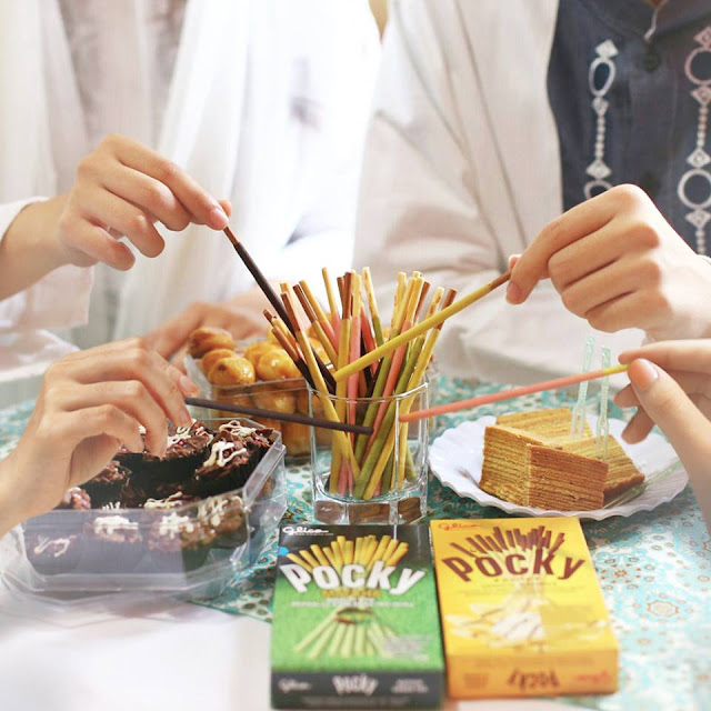 pocky share happiness