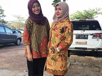 Aneka Model Baju Seragam Batik Guru Wanita
