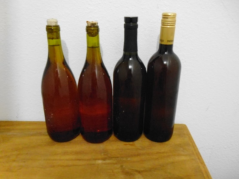 Apple Raspberry wine bottled