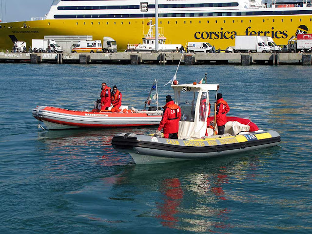 Rescue boats, Livorno