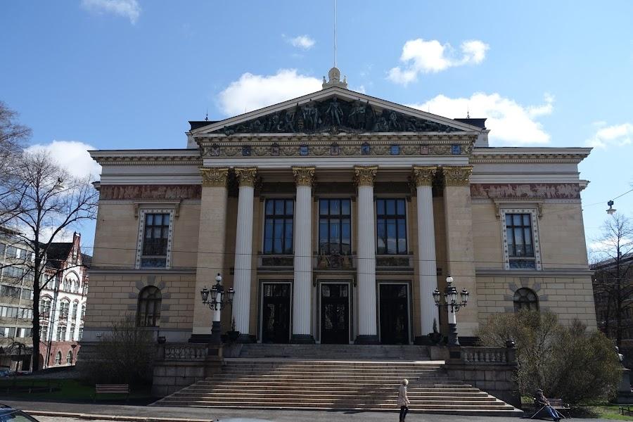 ヘルシンキ議員ホール(säätytalo)