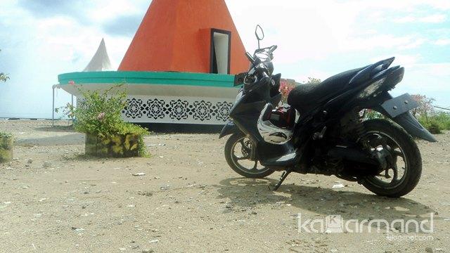 Monumen Mutiara Khatulistiwa