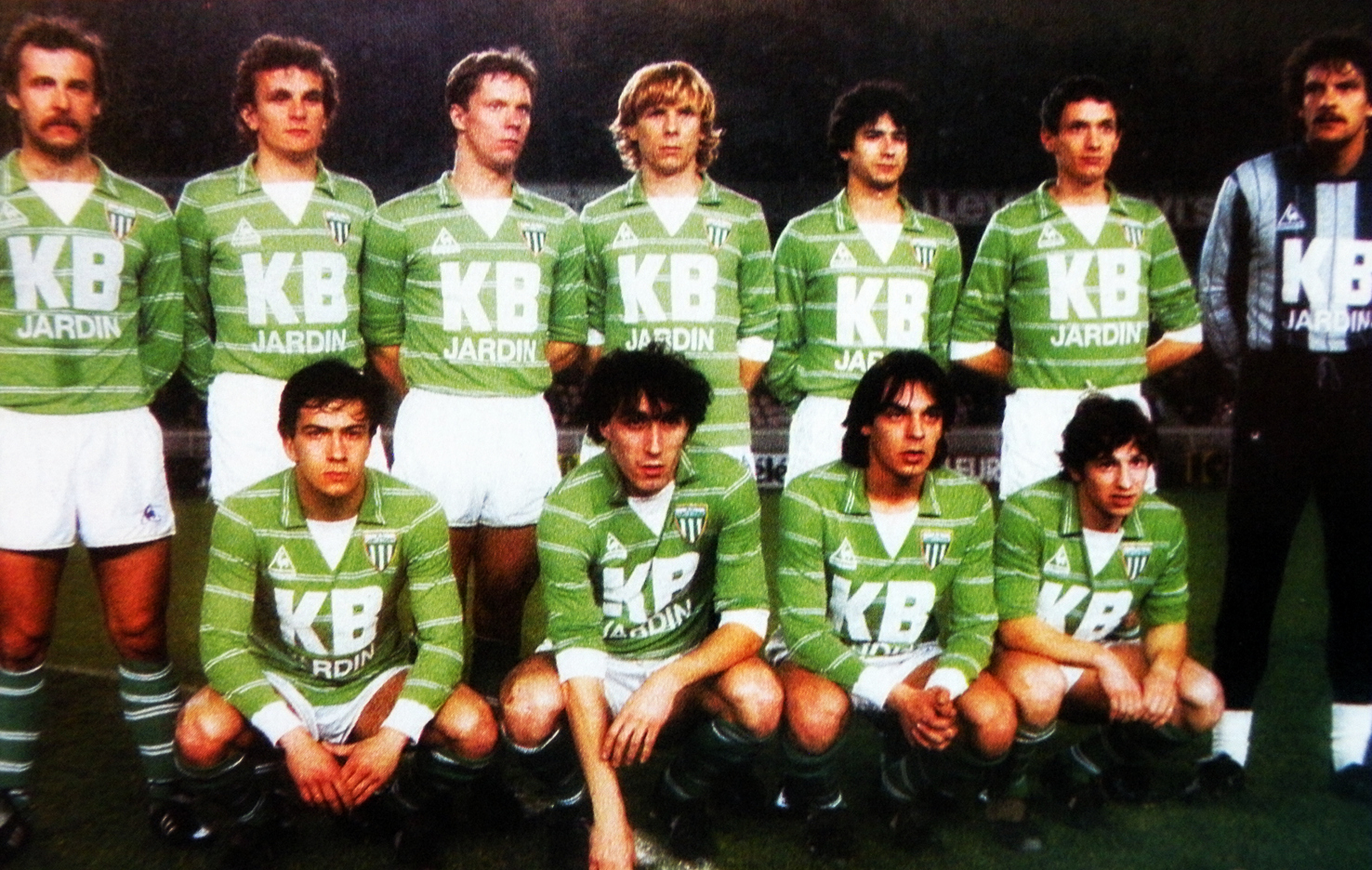A s saint etienne 1983 84 the vintage football club - Table de jardin industriel saint etienne ...