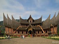 Pakej Percutian Bukittinggi Padang 3 Hari 2 Malam