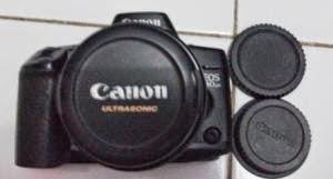 Canon EOS 10 QD tampak depan