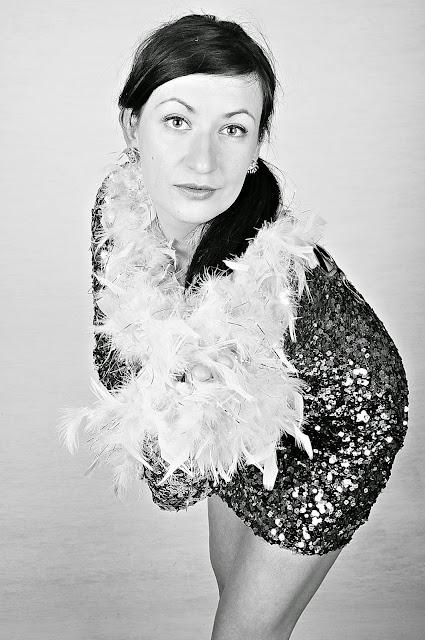 Carnival Dress, Carvela Nude Heels, Fashion, moda, New Years' Dress, Party Dress, Republic Dress, Silver Rose Earrings, Silver Sequin Mini Dress, Styl, Stylizacja, Cekinowa Sukienka, Sukienka na imprezę, Sukienka Karnawałowa, Adriana Style Blog, Blog modowy Puławy