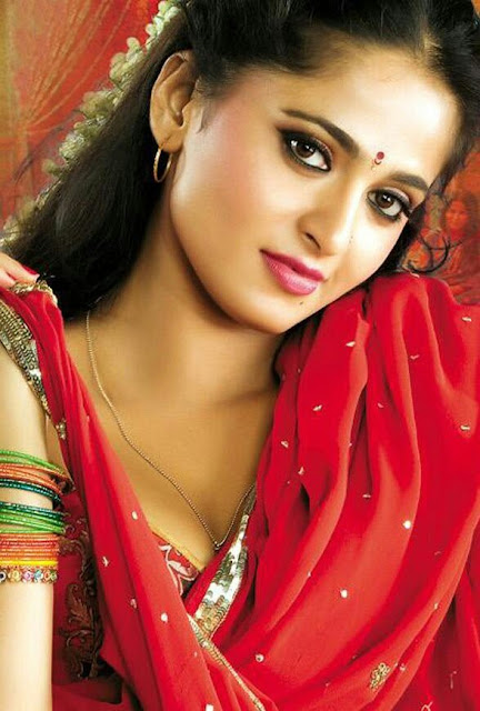 Anushka Shetty Biography and Wiki and Biodata