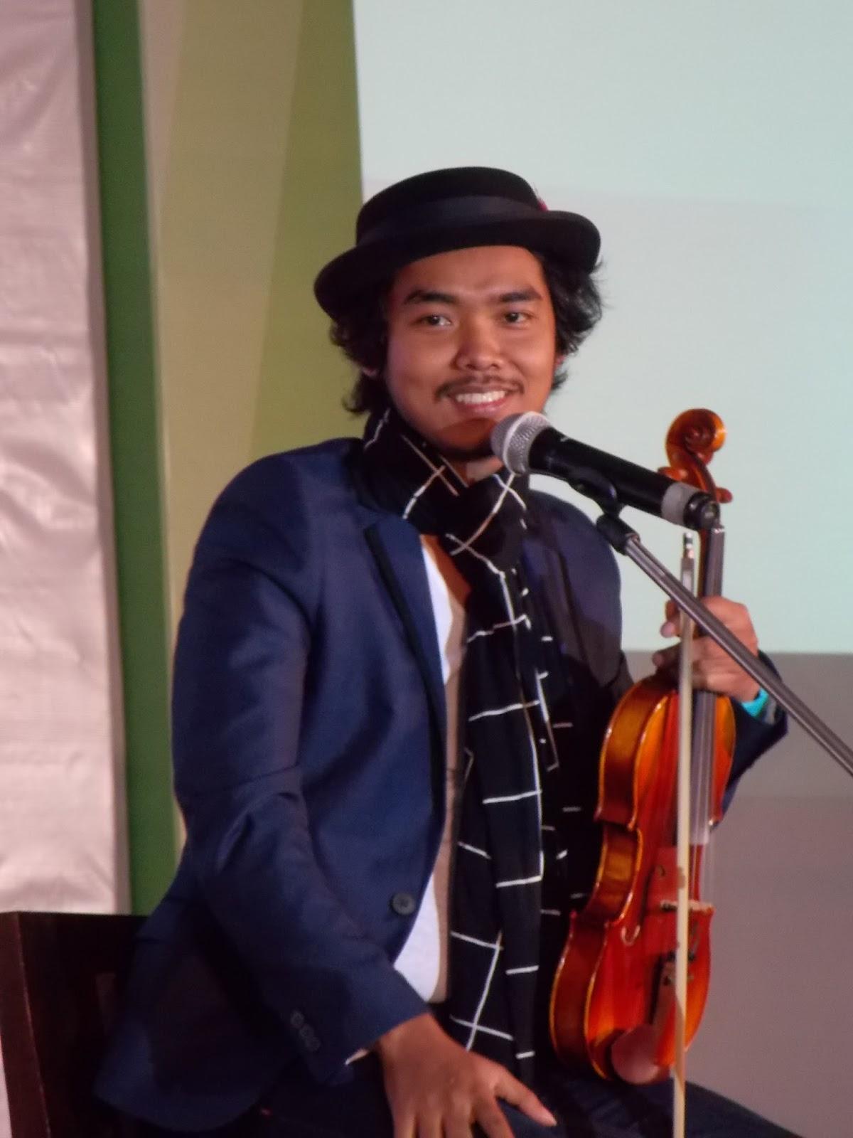 Tokopedia Roadshow Malang Ciptakan Peluangmu Keluarga Biru