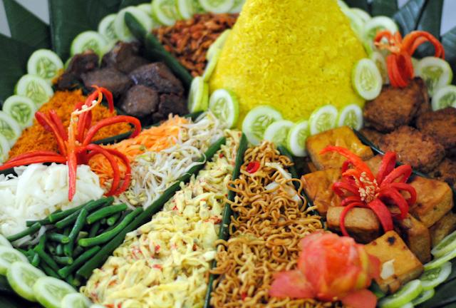 Mau Order Nasi Tumpeng dengan Mudah? Ini Tipsnya