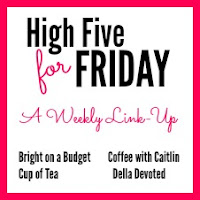 http://www.delladevoted.com/2016/02/high-five-for-friday_26.html