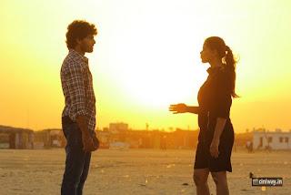 Iddaram-Movie-Stills