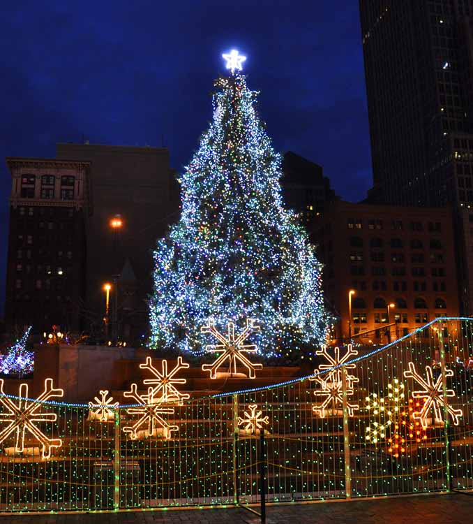 Christmas Lights On Cleveland Public Square: US Route 20: US Route 20 In Cleveland Ohio: Decked Out For