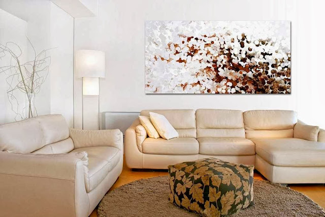 Modern living room decorating with Modern Art