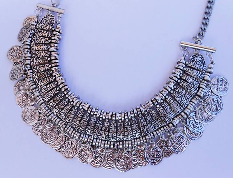 NEW IN \ Necklace from eBay