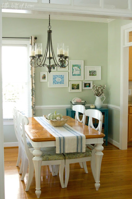 light green walls dining room