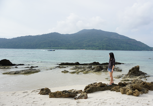 54 Hours Offline | Koh Lipe Weekend Getaway