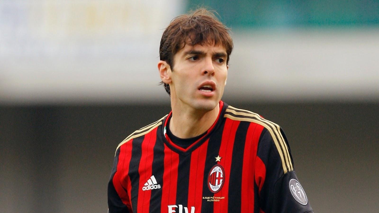 Kaká pode voltar a vestir uma camisa rubro-negra 77dbaae58fc65