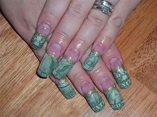 diseño de uñas acrílicas  decoradas con dolares