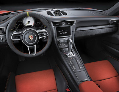 Interior 2018 Porsche 911 GT2 RS