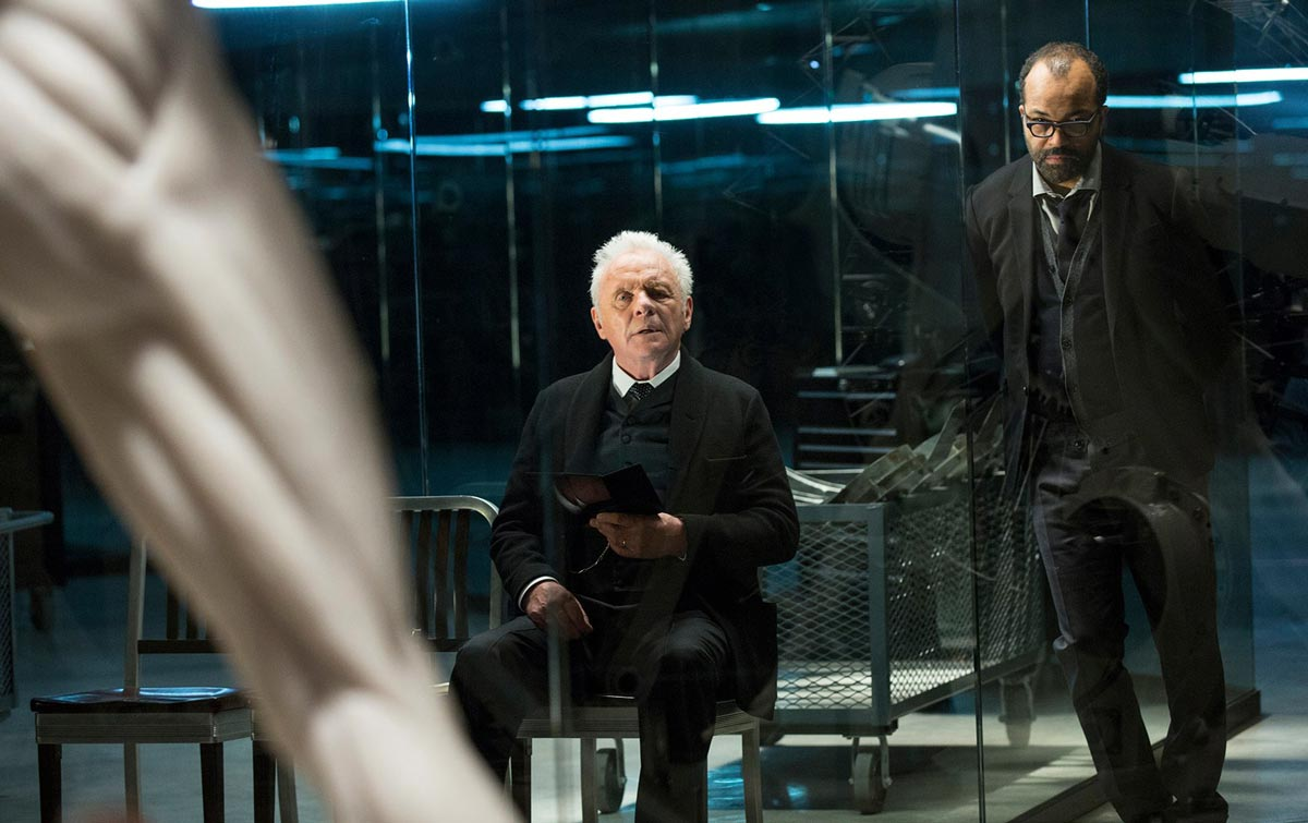 WESTWORLD - serie - Anthony Hopkins y Jeffrey Wright