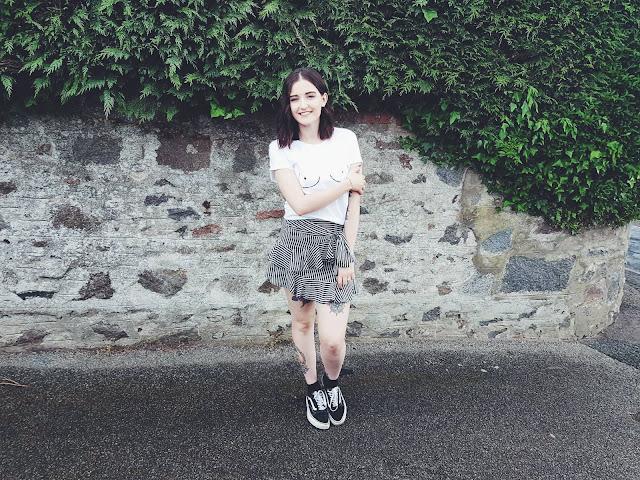 skirt - daytime