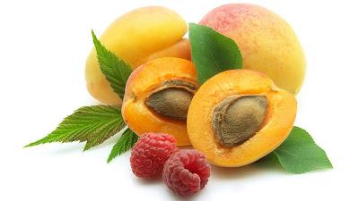 wallpaper buah aprikot