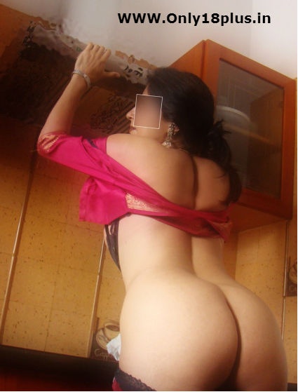 sexy beautiful bhabhi nude ass in saree,hot desi chikni aunty,desi mallu aunty,hot sexy booty of aunty,sex gori gaand aunty ki