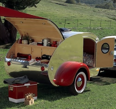 Creative Car Trailers and Cool Motorbike Trailers (15) 5