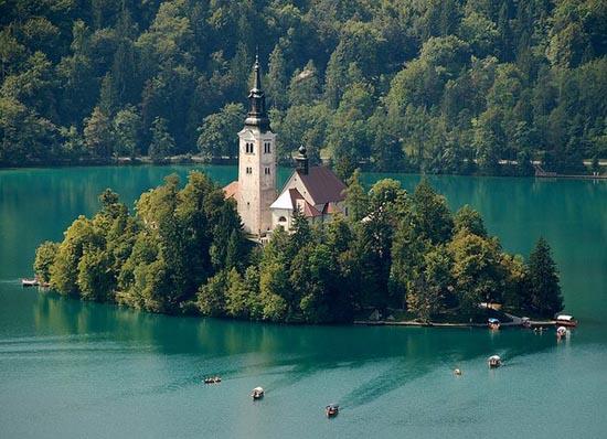 Bled Island: Το παραμυθένιο νησί