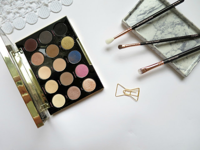 Urban Decay Gwen Stefani Eye Shadow Palette Pop Shade Shimmer Glitter Champagne