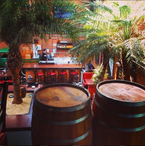 Decoração Cervejaria Les 3 Brasseurs Barris