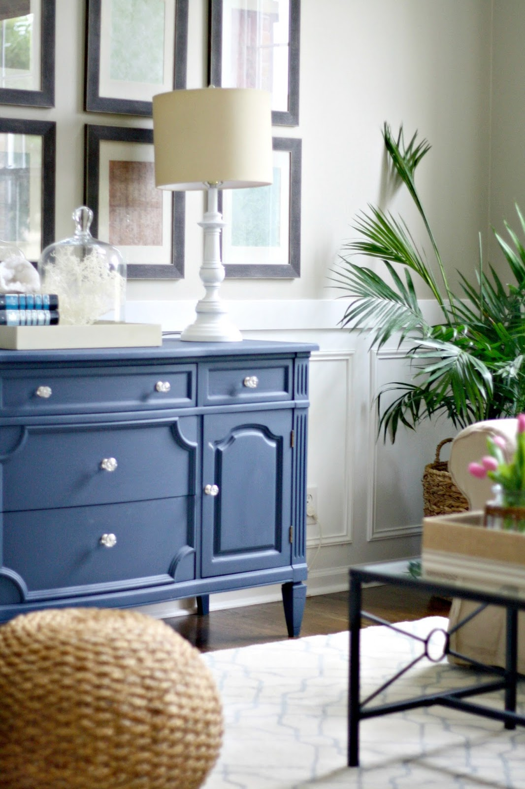 Living Room Redo! from Thrifty Decor Chick