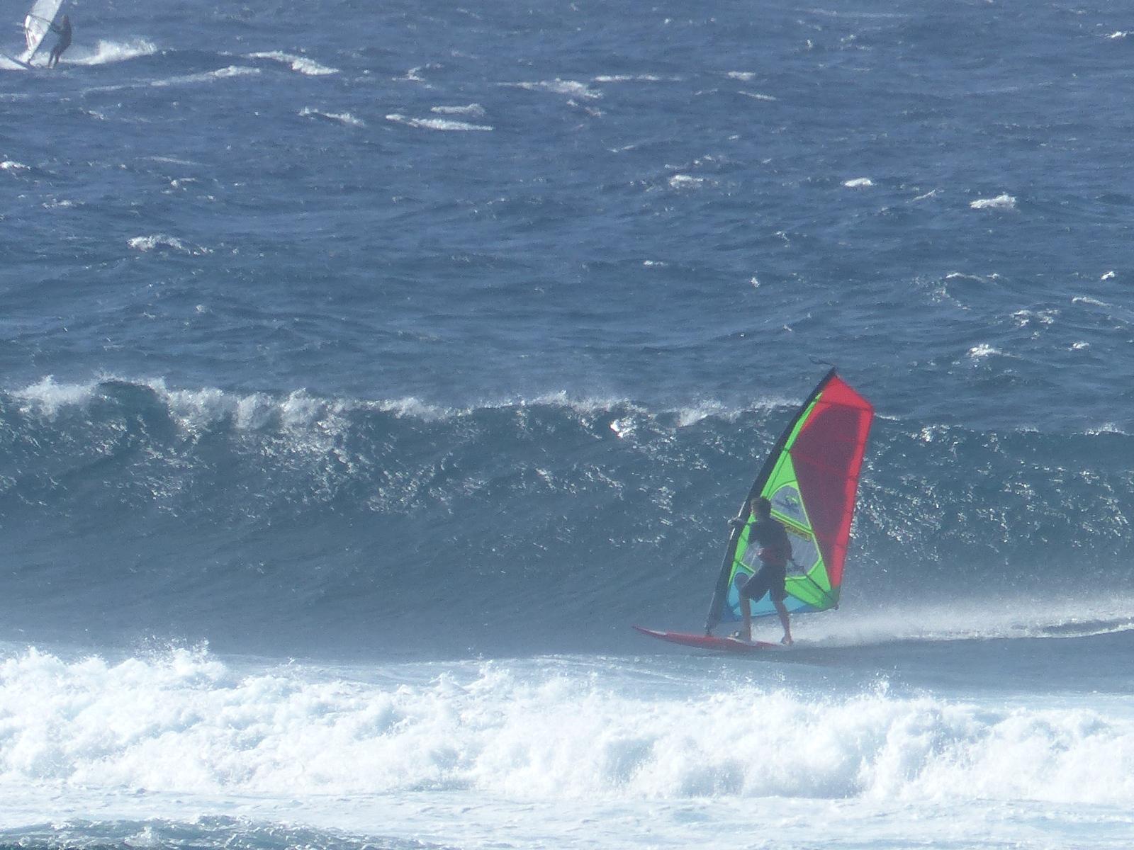 maui surf report: Friday 4 12 19 morning call