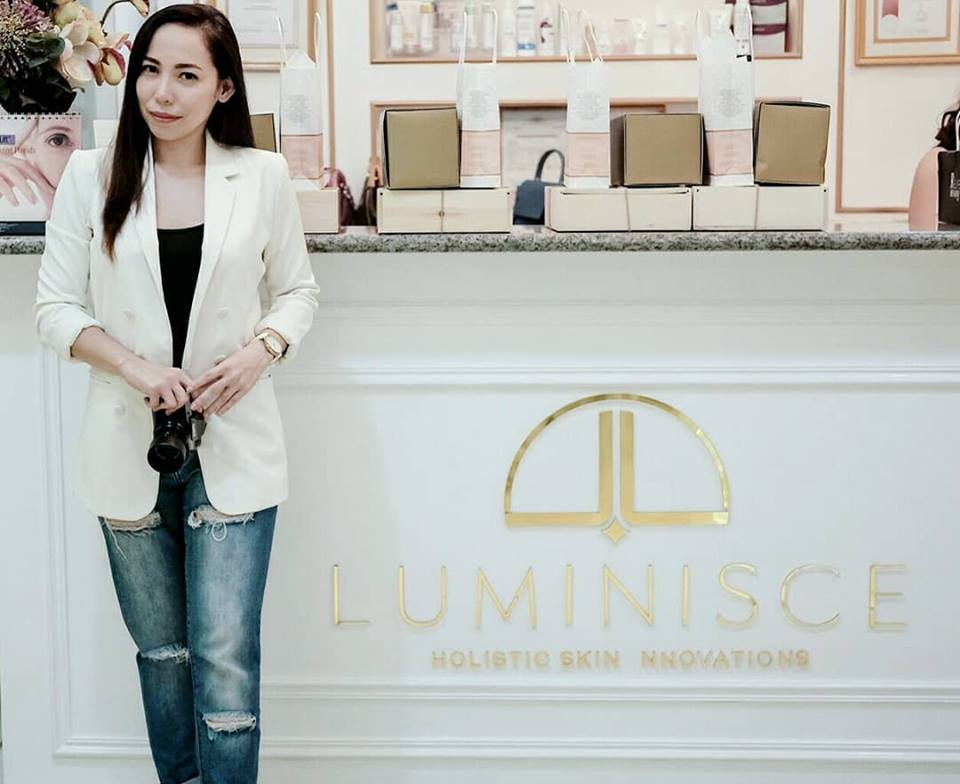 Luminisce Skin Clinic's Face Lift Tite Review | How to Look Years