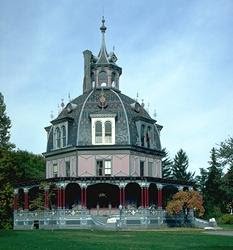 Gothic style house 13