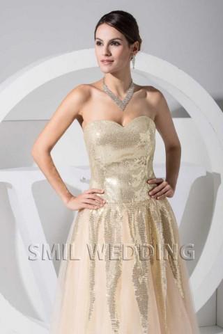 89b887d9f34d08 Dit is een glamoureuze jurk met een rand. jurken online stof  chiffon  getoond kleur  lavendel silhouet  a-lijn hals  spaghetti bandjes taille   empire