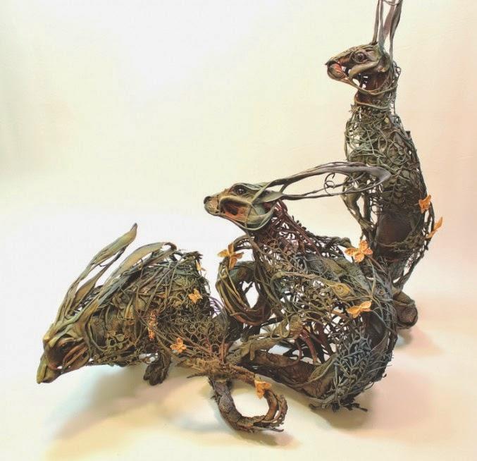 escultura de animales mezclando plantas