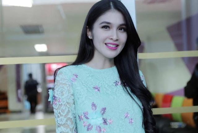 Hamil Besar, Berat Badan Sandra Dewi Naik Hingga 8 Kilogram