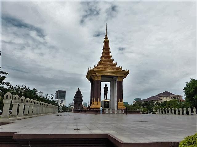 Monumento al Rey Norodom Sihanuk