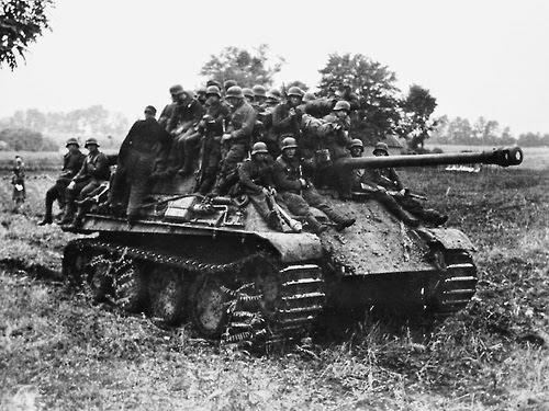 Panther tank panzer V worldwartwo.filminspector.com